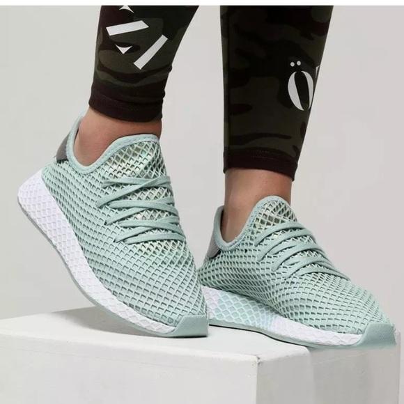 d2e573bdb2fba NEW Woman s Adidas Deerupt Runner- Ash Green- 9